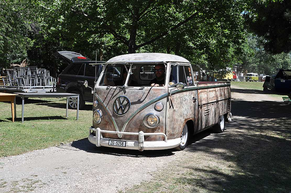 13 vw bus treffen in m rel der bericht vw. Black Bedroom Furniture Sets. Home Design Ideas